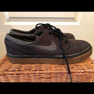 Nike SB Slip Ons